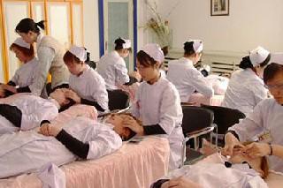 四川省重庆卫校的护理学怎么样