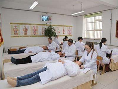 针灸推拿专业-学员练习