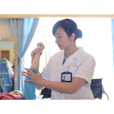成都铁路卫生学校(康复治疗技术)招生条件